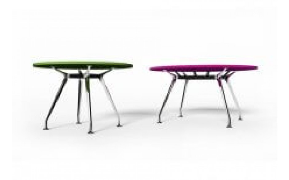 Spyder Meeting Table
