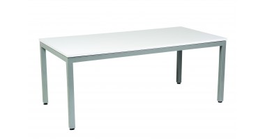 Vero Bar Table
